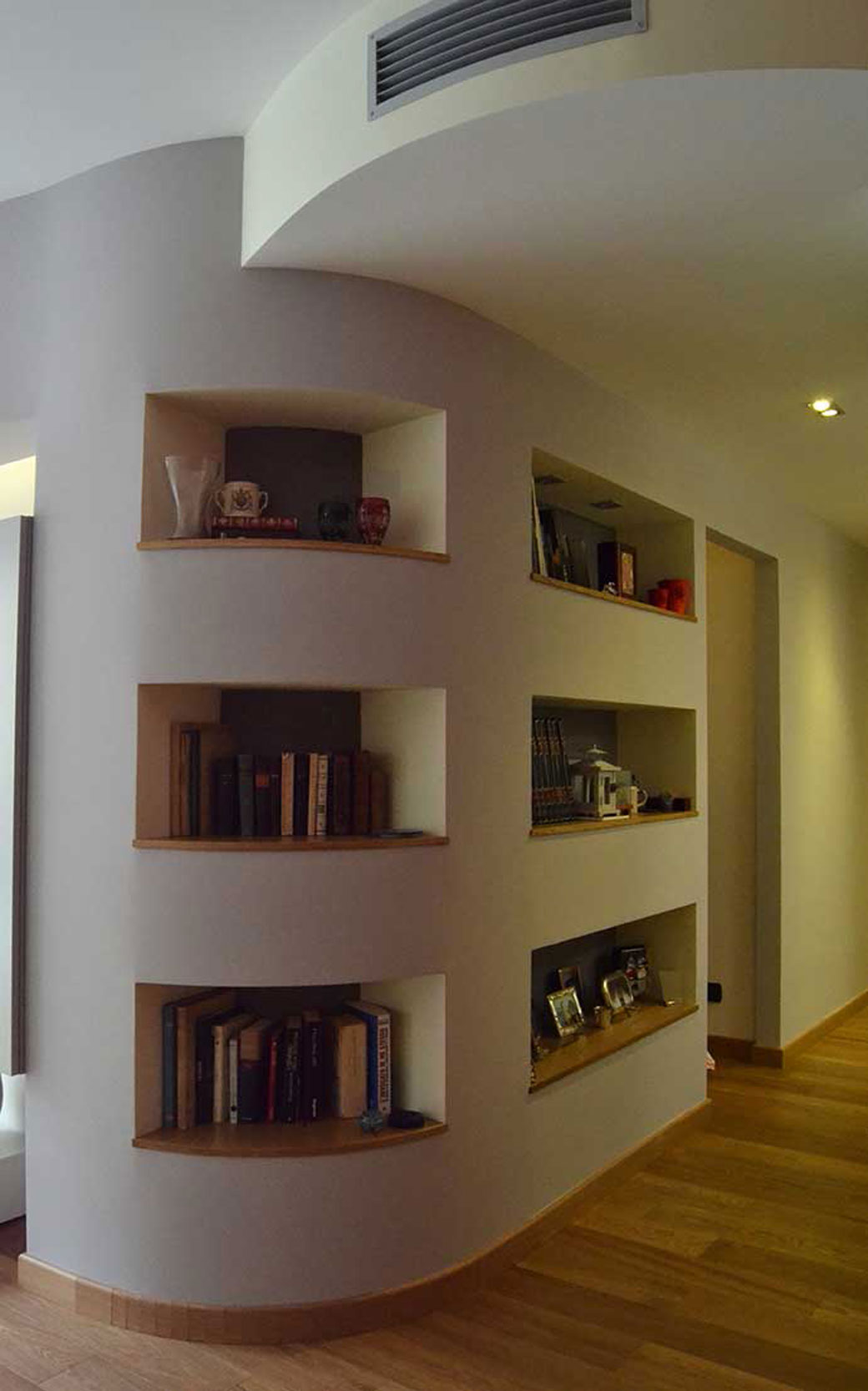 7 Bianchibosoni Architetti Savona Libreria Parete Tonda Design