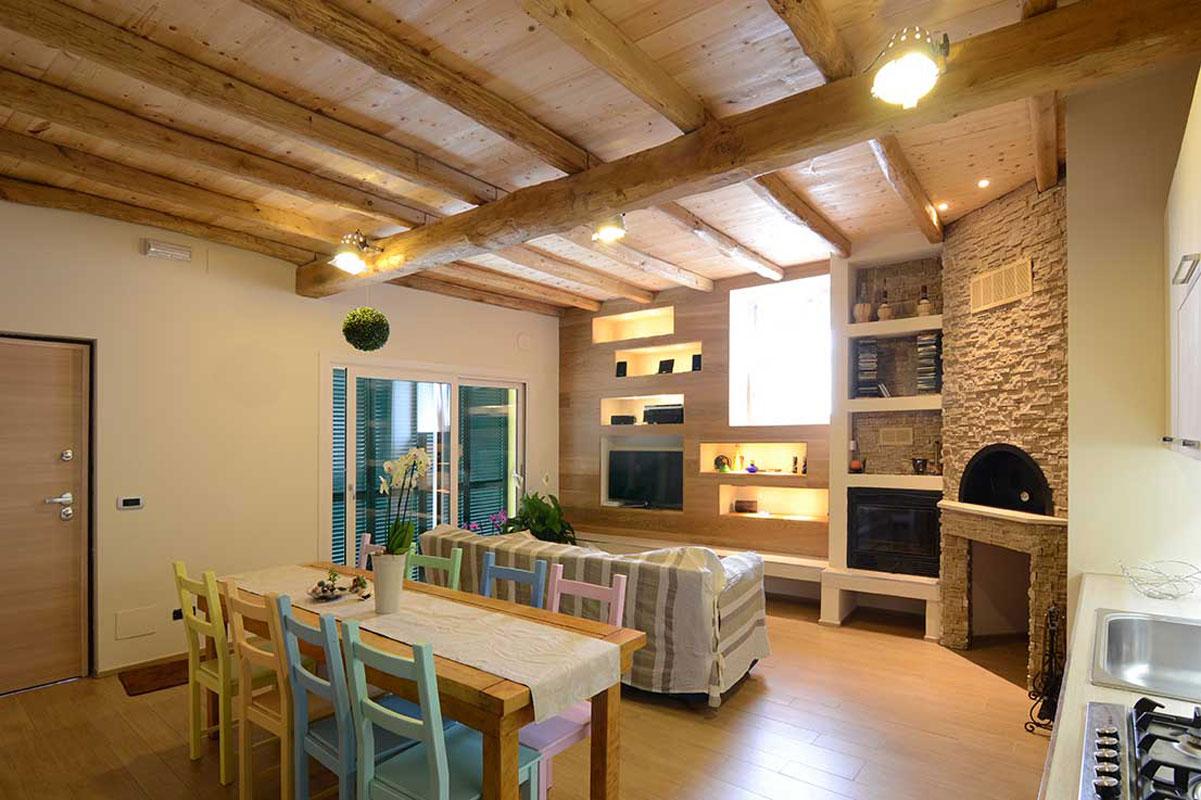 3-bianchibosoni-architetti-savona-taverna-provenzale-soffitto-legno - Bianchi Bosoni Architetti ...